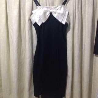 Black dress ribbon