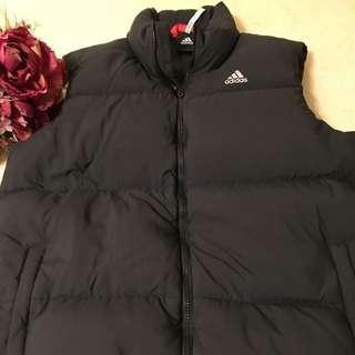 Adidas黑色羽絨背心(正品)男裝,尺寸L
