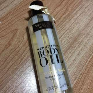Victoria's Secret Weightless Body Oil