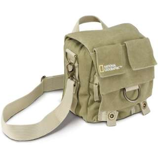 [VINTAGE} National Geographic NG 2343 small shoulder bag original