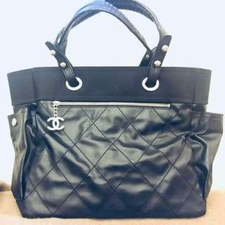 Chanel black A4 bag, 95% new