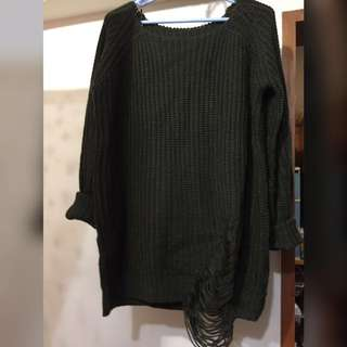 🚚 軍綠長板造型粗針織毛衣