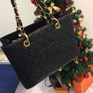 ❌SOLD❌ Very Good Condition Chanel Grand Shopping Tote (GST) In Black Caviar and GHW