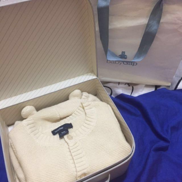 降價$⬇ GAP米黃色針織3M三件組秋冬禮盒/新生兒、嬰幼兒、彌月禮物(全新現貨)