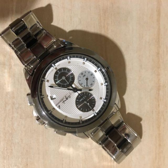 agnes b 男款手錶 石英錶 三眼六針 日期顯示 8.5成新 歡迎面交