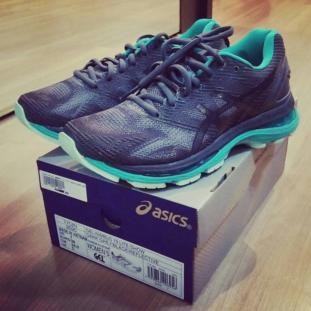 size 40 e16ba e6687 Asics Wmns Gel Nimbus 19 Lite-Show Running Shoes for sale