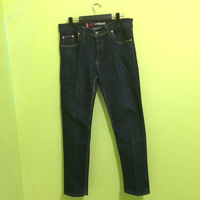Celana jeans pria Levi's