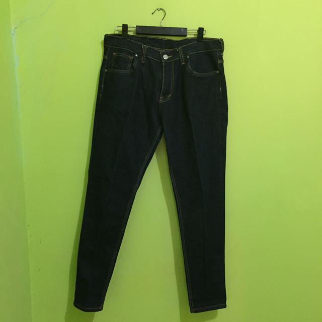 Celana jeans pria lokal