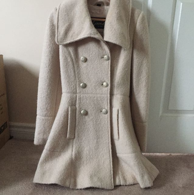 Cute guess white coat size Small