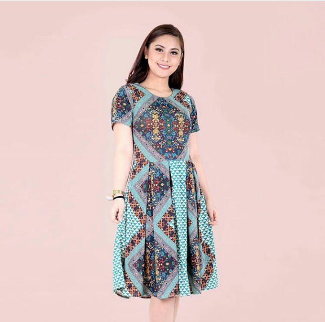 Diamond aztec pleated dress