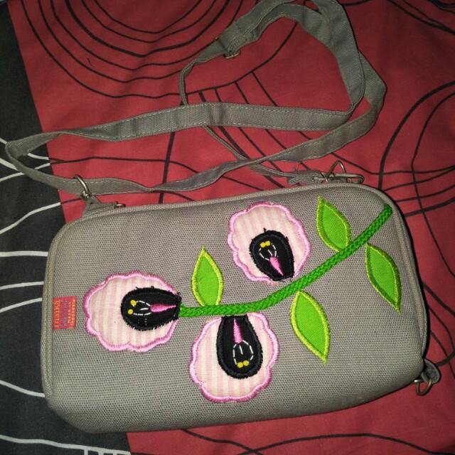 Dompet sling bag
