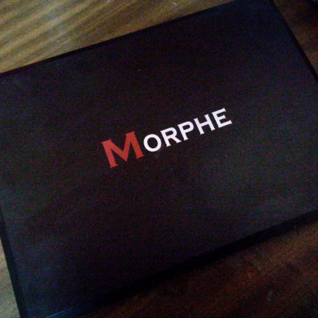 !!free postage!!Authentic 35O Morphe Eyeshadow Palette