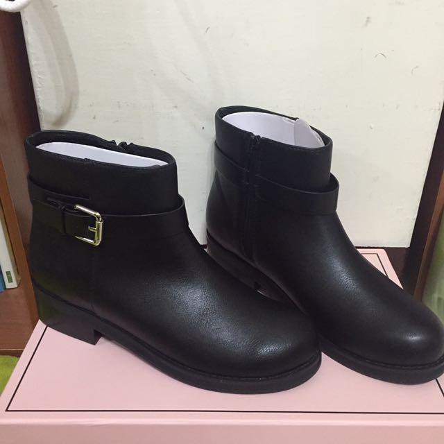 Gracegift黑色短靴