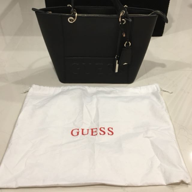 445377ddb Guess Kamryn Tote in black, Women's Fashion, Bags & Wallets on Carousell