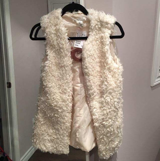 H&M faux fur vest size 4/6