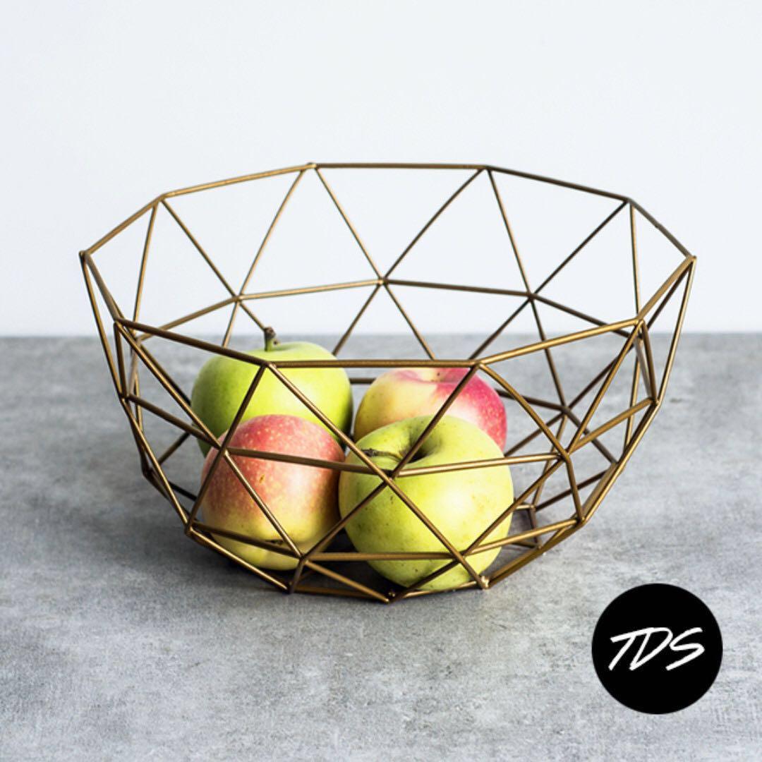 Geométrico Metal Fruit Basket In Black
