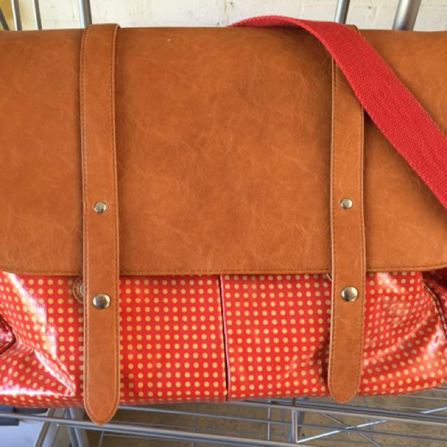 Isoki baby bag