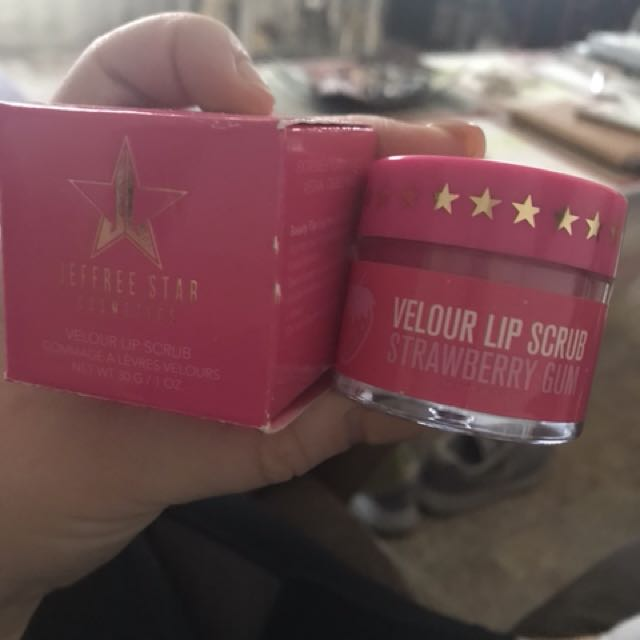 "Jeffree Star Lip scrub ""strawberry"""