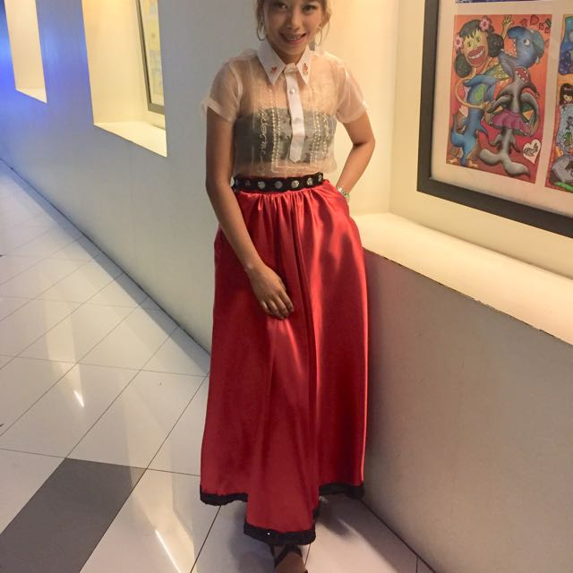 Modern Filipiniana attire