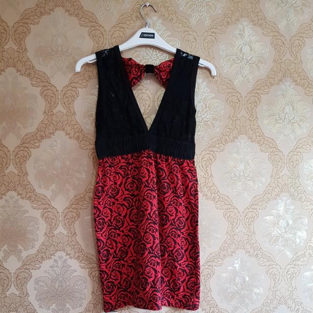 NEW Red dress lace pita sz S