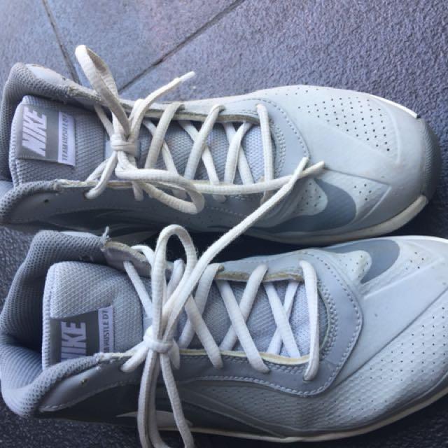 Nike basketball boots