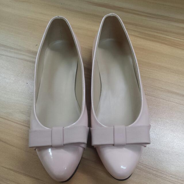 Peach Dollshoes