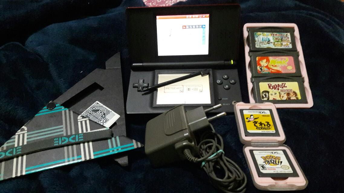 Preloved Nintendo DS Lite