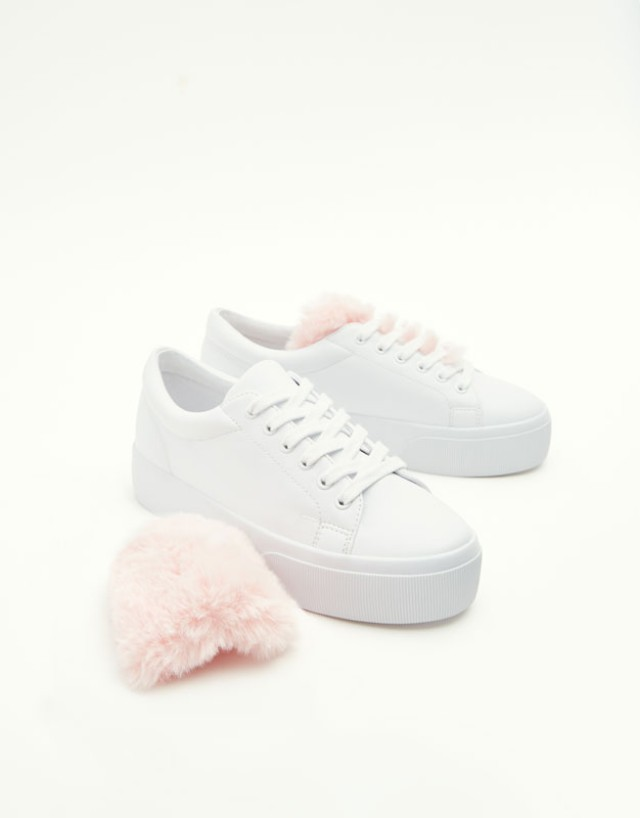Pull&Bear Sneakers with faux fur detail
