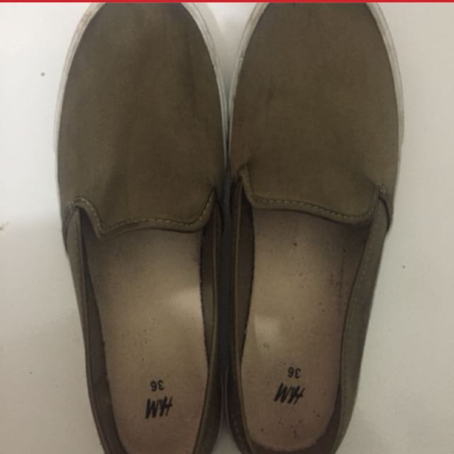 REPRICE!! H&M SLIP ON GREEN ARMY!!