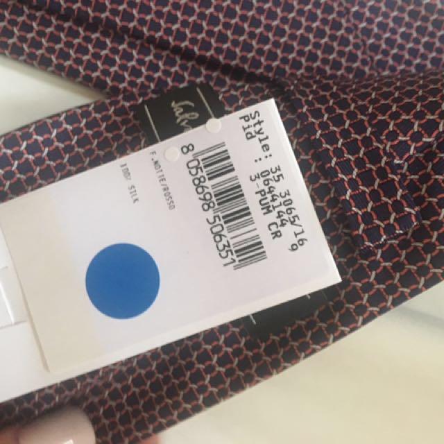 Salvatore Ferragamo 100% silk tie