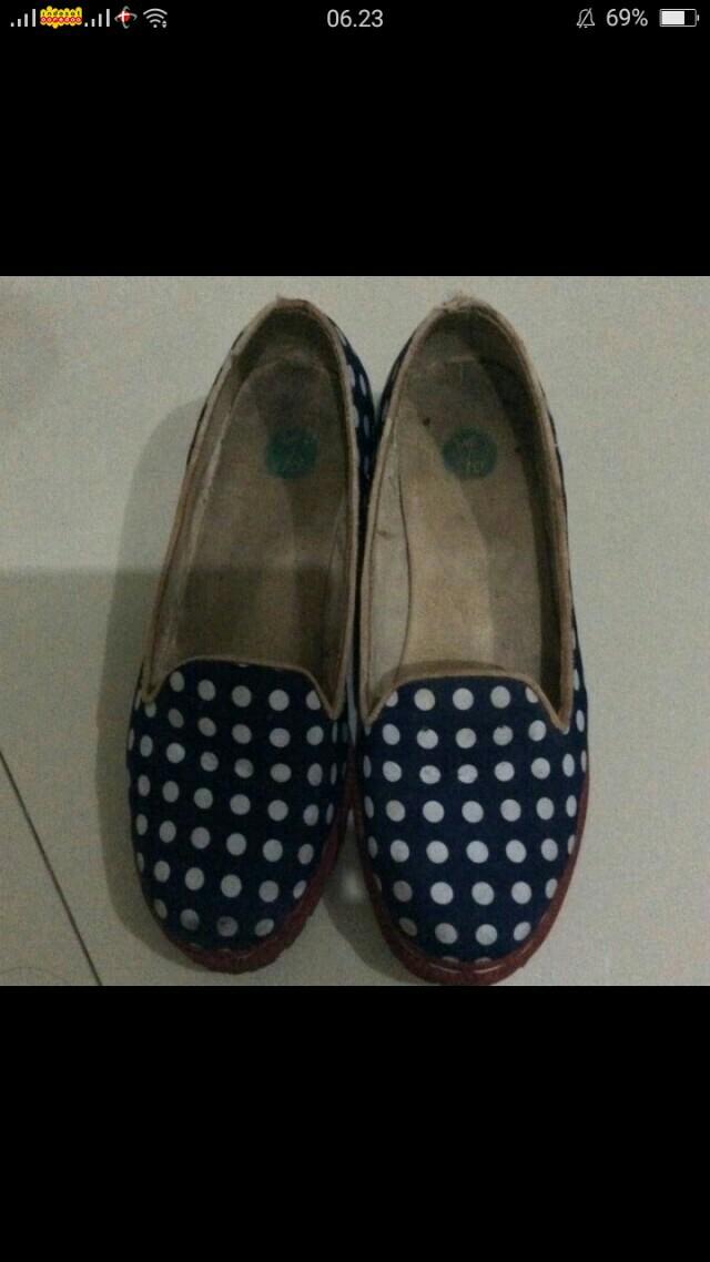 Sepatu berrybenka size 39