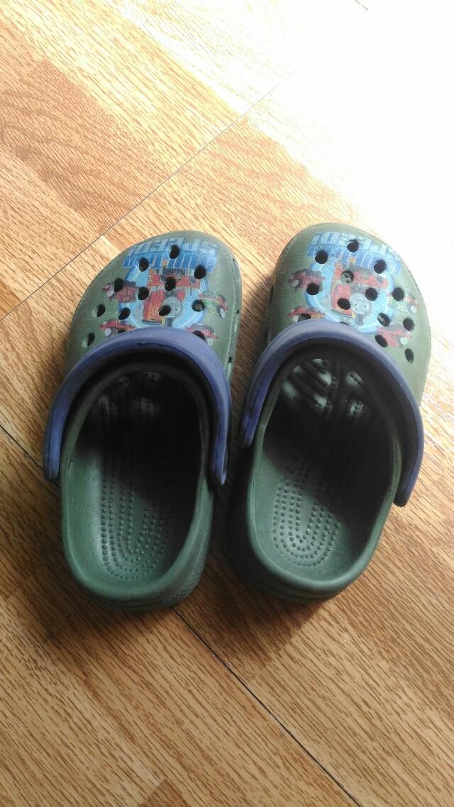 Shoes size 26