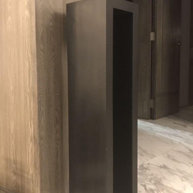 Solid wood display stand / pedestal