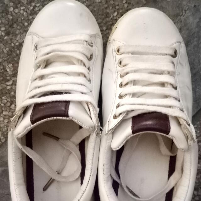 Stradivarius White Shoes
