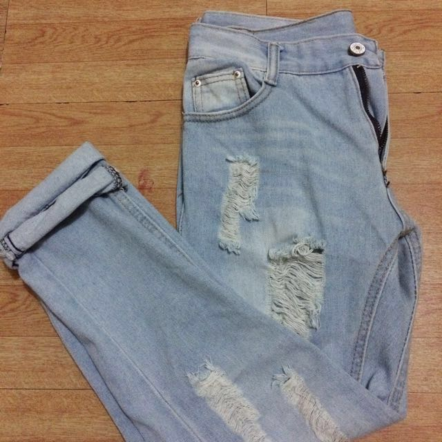 Tattered/Ripped Jeans For Women