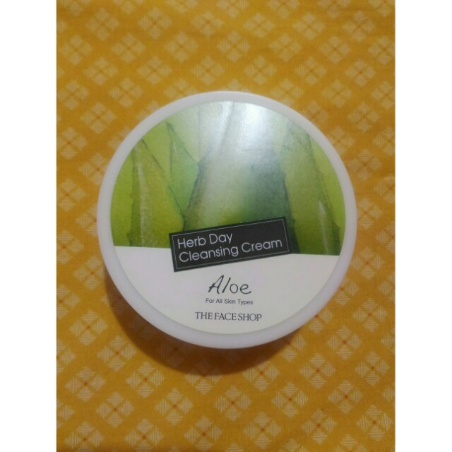 The face shop. Cleansing cream
