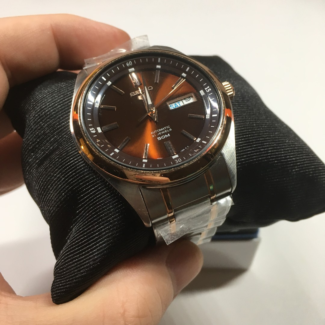 c2c546809 FIRE SALE!! PRICE REDUCED!! Used SEIKO 5 Automatic Analog Day Date Authentic