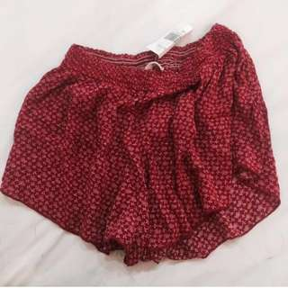 BNWT Brandy Melville Red Floral Ross shorts