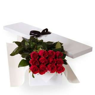 Red Roses Gifts box - 0060