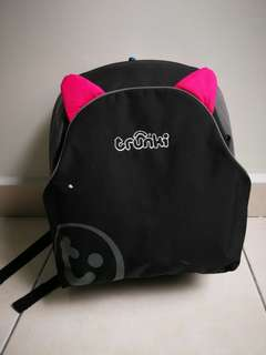 Pink Trunki Backpack / child seat booster