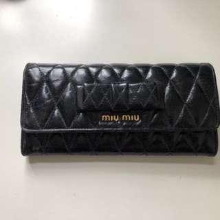 (100% Real) Miu Miu 羊皮長銀包