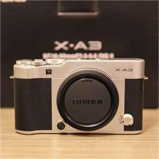 99.9%新Fujifilm富士X-A3 (X-A2/EM10/GF8/GF9/A5100可參考)
