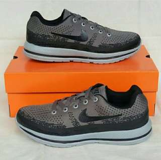 Nike Zoom Pegassus Grey Black