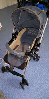 Combi mini stroller light weight