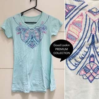 Embroidery top (soft tosca)