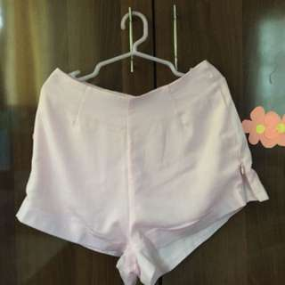 High waist shorts in light pink