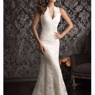 Lace Wedding Dress with crystal belt