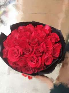 Valentine Kiss Bouquet V72 - Yhppi