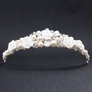 Brand new hair accessories for wedding and party tiara