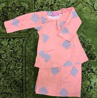Baju Kurung Sireh Pinang
